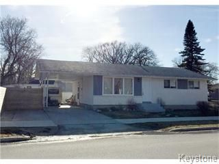 Main Photo: 124 Moore Avenue in Winnipeg: Pullberry Residential for sale (St. Vital)  : MLS®# 1609072