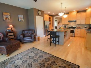 Photo 17: 564 Belyea Pl in QUALICUM BEACH: PQ Qualicum Beach House for sale (Parksville/Qualicum)  : MLS®# 788083