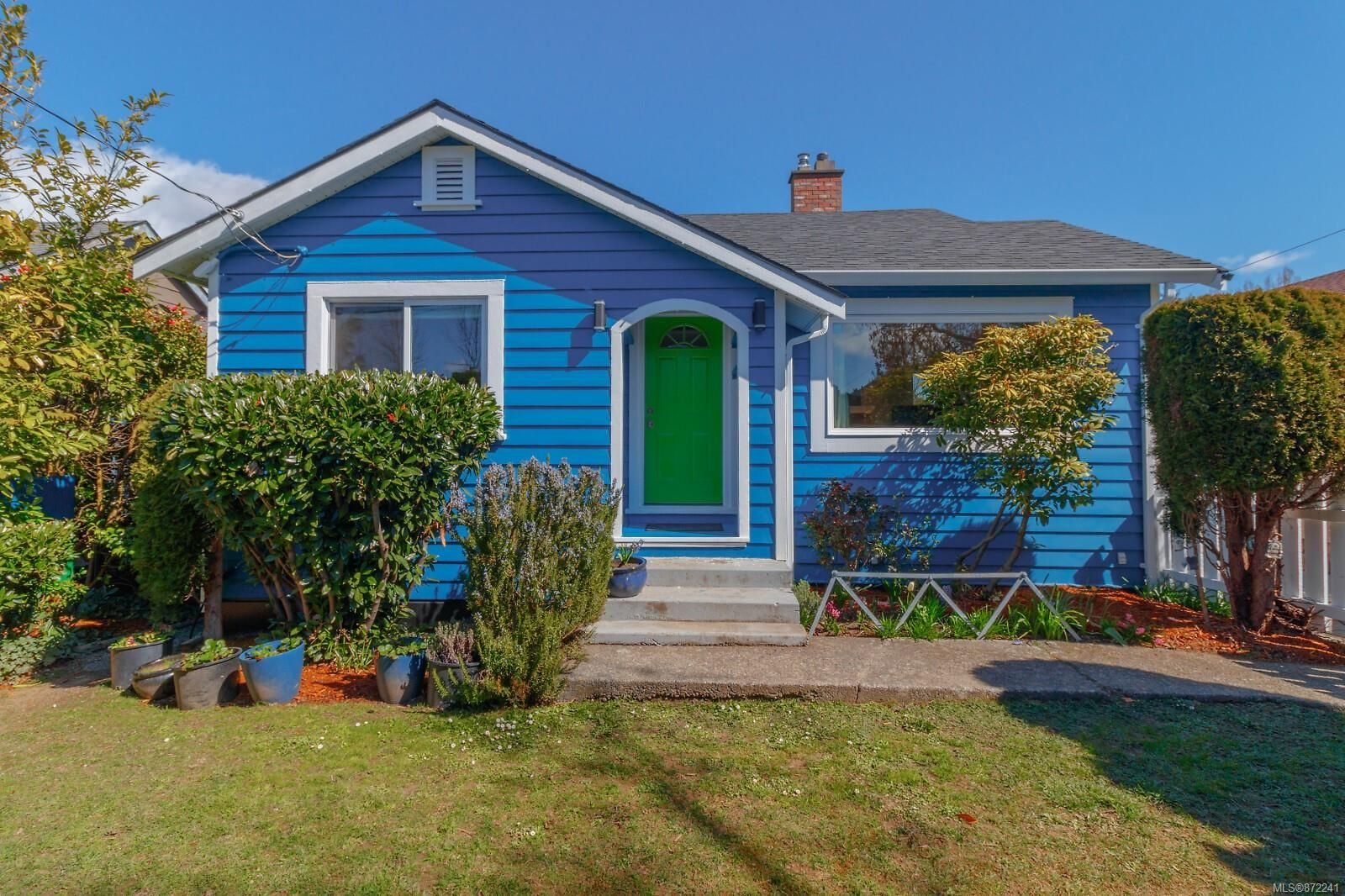 Main Photo: 212 Obed Ave in : SW Gorge House for sale (Saanich West)  : MLS®# 872241