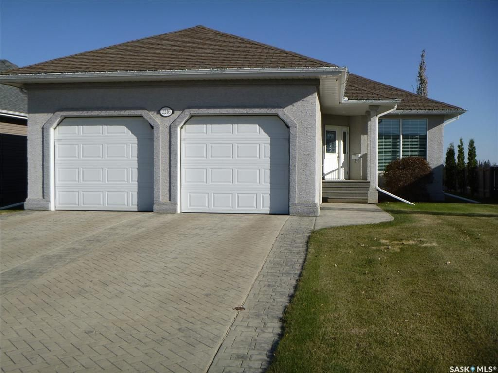 Main Photo: 2216 New Market Drive in Tisdale: Residential for sale : MLS®# SK874135