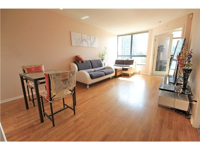 """Main Photo: # 803 3588 CROWLEY DR in Vancouver: Collingwood VE Condo for sale in """"NEXUS"""" (Vancouver East)  : MLS®# V1016045"""
