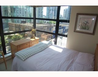"""Photo 4: 605 1295 RICHARDS Street in Vancouver: Downtown VW Condo for sale in """"THE OSCAR."""" (Vancouver West)  : MLS®# V719885"""