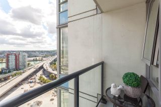 """Photo 10: 2003 939 EXPO Boulevard in Vancouver: Yaletown Condo for sale in """"THE MAX"""" (Vancouver West)  : MLS®# R2102471"""