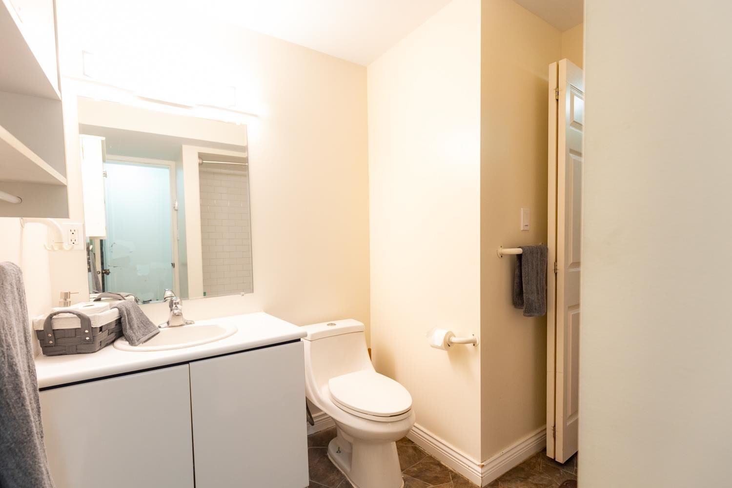 Photo 28: Photos: 2246 BEDFORD Place in Abbotsford: Abbotsford West House for sale : MLS®# R2602902