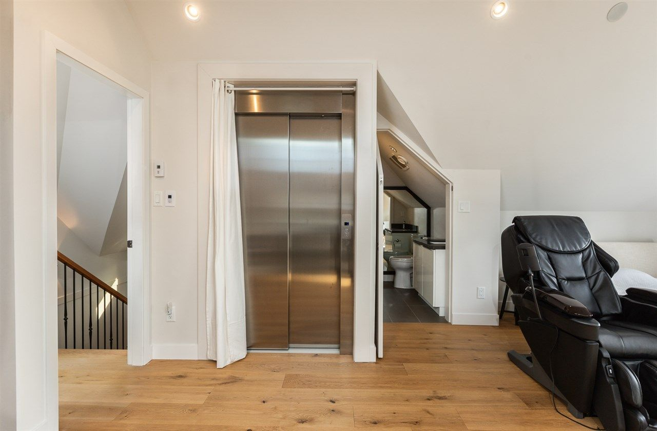 """Photo 18: Photos: 894 W 19TH Avenue in Vancouver: Cambie House for sale in """"CAMBIE"""" (Vancouver West)  : MLS®# R2484635"""