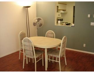 """Photo 5: 302 6820 RUMBLE Street in Burnaby: South Slope Condo for sale in """"GOVERNOR'S WALK"""" (Burnaby South)  : MLS®# V671882"""