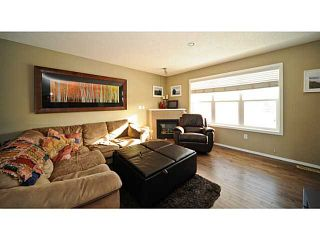 Photo 3: 14 COUNTRY VILLAGE Gate NE in CALGARY: Country Hills Village Townhouse for sale (Calgary)  : MLS®# C3578013