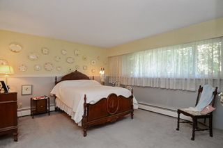 Photo 12: 405 LAURENTIAN Crescent in Coquitlam: Central Coquitlam House for sale : MLS®# R2103596