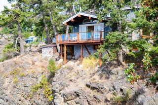 Photo 3: 7937 Plumper Way in Pender Island: GI Pender Island House for sale (Gulf Islands)  : MLS®# 853831