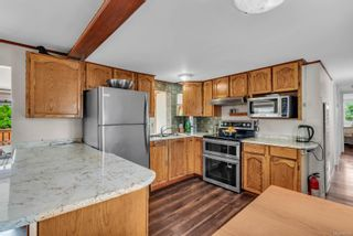 Photo 6: 8 2705 N Island Hwy in : CR Campbell River North Manufactured Home for sale (Campbell River)  : MLS®# 884406