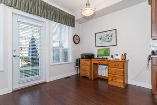 Photo 5: 44 7848 170 STREET in VANTAGE: Fleetwood Tynehead Home for sale ()  : MLS®# R2124050