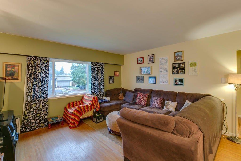 Photo 4: Photos: 12579 97 Avenue in Surrey: Cedar Hills House for sale (North Surrey)  : MLS®# R2225806