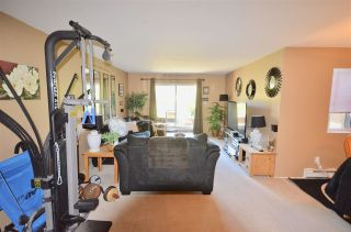 Photo 5: 103 33870 FERN Street in Abbotsford: Central Abbotsford Condo for sale : MLS®# R2521227