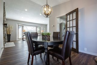 Photo 8: 884 Coach Side Crescent SW in Calgary: Coach Hill Detached for sale : MLS®# A1105957