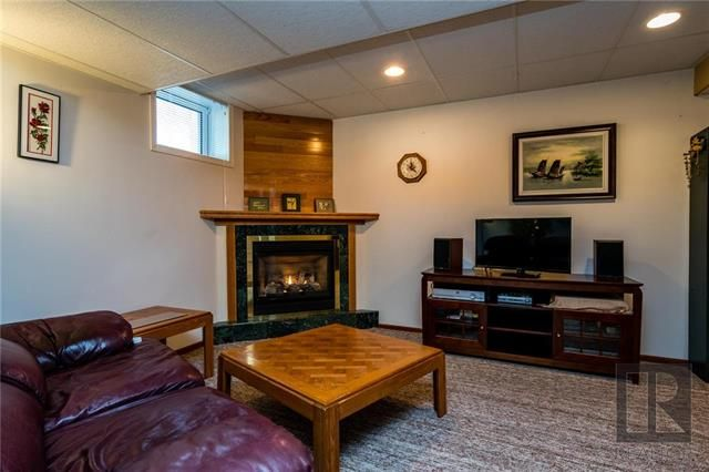 Photo 14: Photos: 940 Weatherdon Avenue in Winnipeg: Crescentwood Residential for sale (1Bw)  : MLS®# 1828216