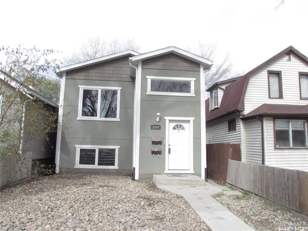 Main Photo: 1104 Garnet Street in Regina: Washington Park Residential for sale : MLS®# SK868481