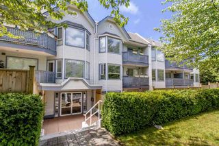 "Photo 1: 105 315 E 3RD Street in North Vancouver: Lower Lonsdale Condo for sale in ""Dunberton Manor"" : MLS®# R2286632"