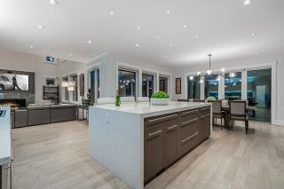 """Photo 11: 35399 EAGLE SUMMIT Drive in Abbotsford: Abbotsford East House for sale in """"The Summit at Eagle Mountain"""" : MLS®# R2582730"""