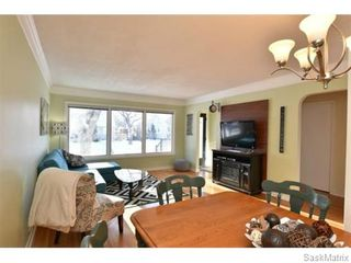 Photo 6: 3732 NORMANDY Avenue in Regina: River Heights Single Family Dwelling for sale (Regina Area 05)  : MLS®# 595664