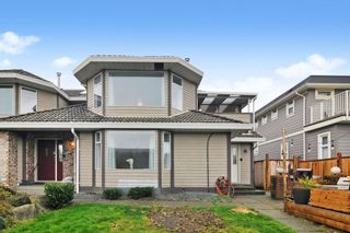 Photo 24: 15374 SEMIAHMOO Avenue: 1/2 Duplex for sale in White Rock: MLS®# R2527208