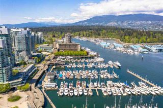 """Photo 31: PH3 555 JERVIS Street in Vancouver: Coal Harbour Condo for sale in """"HARBOURSIDE PARK II"""" (Vancouver West)  : MLS®# R2578170"""