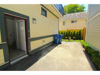 """Photo 19: 101 218 BEGIN Street in Coquitlam: Maillardville House for sale in """"BEGIN SQUARE"""" : MLS®# V1132326"""