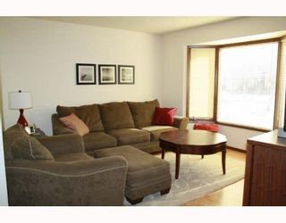 Photo 2:  in WINNIPEG: North Kildonan Residential for sale (North East Winnipeg)  : MLS®# 2907196