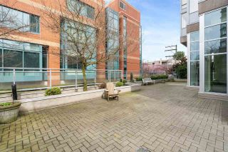 "Photo 22: 701 2483 SPRUCE Street in Vancouver: Fairview VW Condo for sale in ""SKYLINE ON BROADWAY"" (Vancouver West)  : MLS®# R2576030"