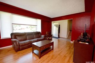 Photo 2: 436 R Avenue North in Saskatoon: Mount Royal SA Residential for sale : MLS®# SK866749