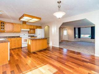 Photo 5: 1887 Valley View Dr in COURTENAY: CV Courtenay East House for sale (Comox Valley)  : MLS®# 773590
