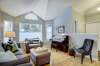 Photo 5: 24 Scenic Ridge Crescent NW in Calgary: Scenic Acres Residential for sale : MLS®# A1058811