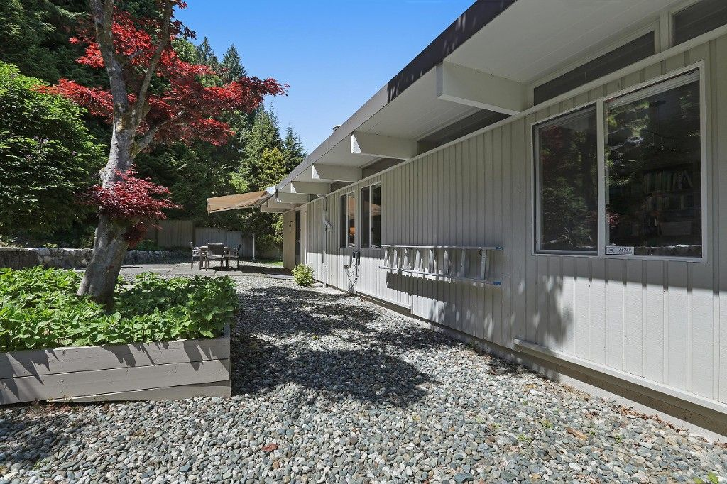 Photo 18: Photos:  in West Vancouver: Eagle Harbour House for sale : MLS®# R2170953