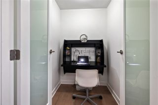 """Photo 6: 1311 10777 UNIVERSITY Drive in Surrey: Whalley Condo for sale in """"CITY POINT"""" (North Surrey)  : MLS®# R2537926"""