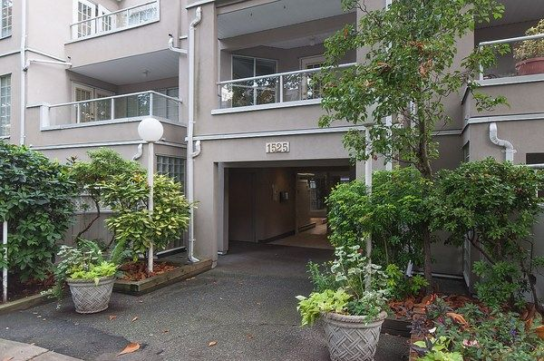 Photo 2: Photos: 202 1525 PENDRELL STREET in Vancouver: West End VW Condo for sale (Vancouver West)  : MLS®# R2010212