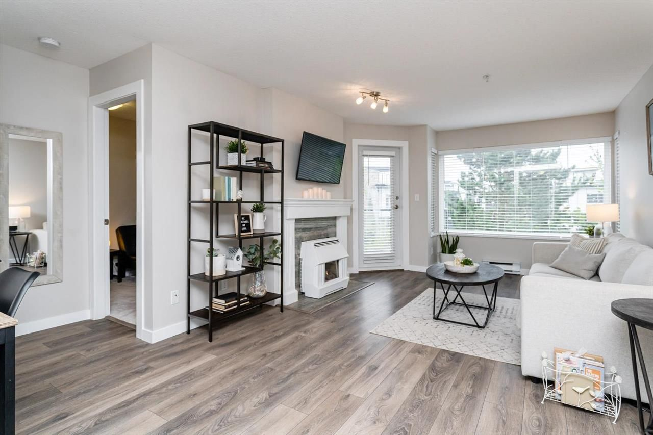 """Main Photo: 306 33668 KING Road in Abbotsford: Poplar Condo for sale in """"College Park"""" : MLS®# R2572354"""
