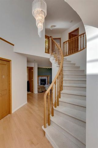 Photo 4: 49 Hampshire Circle NW in Calgary: Hamptons Detached for sale : MLS®# A1091909