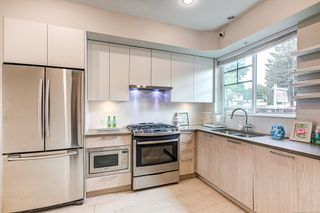 """Photo 5: 7 5132 CANADA Way in Burnaby: Burnaby Lake Townhouse for sale in """"SAVLIE ROW"""" (Burnaby South)  : MLS®# R2596994"""