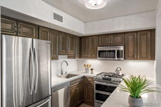 Photo 5: DOWNTOWN Condo for sale : 2 bedrooms : 500 W Harbor #412 in San Diego