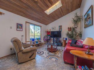 Photo 3: 4460 MCLINTOCK Road in Madeira Park: Pender Harbour Egmont House for sale (Sunshine Coast)  : MLS®# R2625189