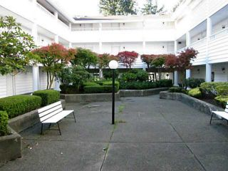 """Photo 1: 317 707 EIGHTH Street in New Westminster: Uptown NW Condo for sale in """"DIPLOMAT"""" : MLS®# V1034071"""