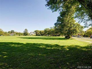 Photo 19: 349/51 Kipling St in VICTORIA: Vi Fairfield West Full Duplex for sale (Victoria)  : MLS®# 744993