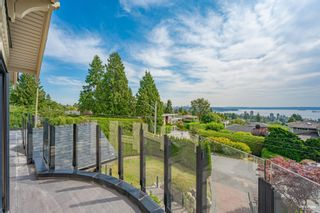 Photo 2: 2111 OTTAWA Avenue in West Vancouver: Dundarave House for sale : MLS®# R2611555
