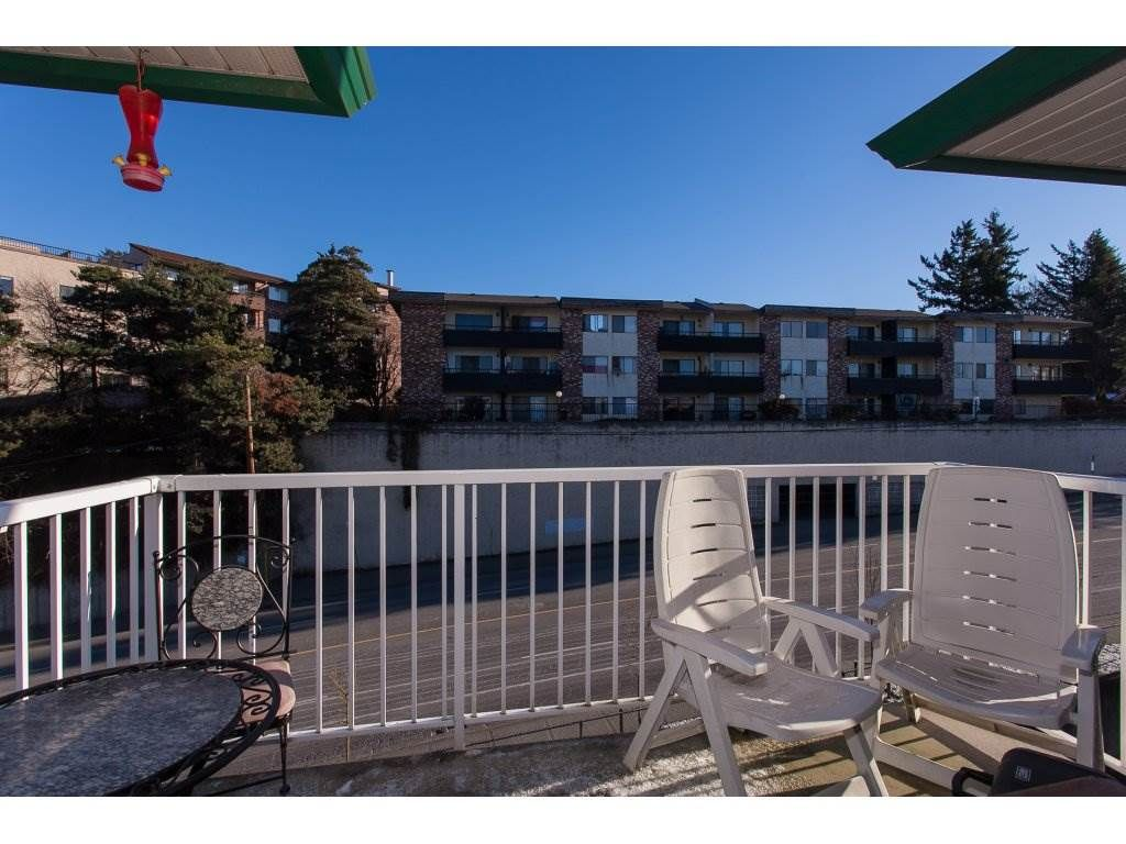 """Photo 19: Photos: 412 33960 OLD YALE Road in Abbotsford: Central Abbotsford Condo for sale in """"Old Yale Heights"""" : MLS®# R2241666"""