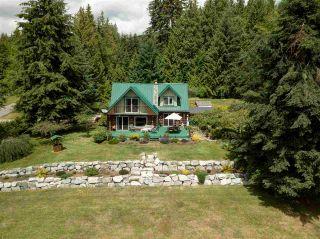 Photo 1: 736 MANSFIELD Road: Roberts Creek House for sale (Sunshine Coast)  : MLS®# R2400940