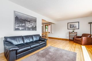 Photo 6: 2655 Charlebois Drive NW in Calgary: Charleswood Detached for sale : MLS®# A1133366
