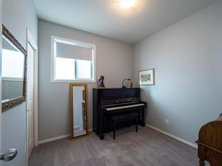 Photo 13: 33 Nolanfield Manor NW in Calgary: Nolan Hill Detached for sale : MLS®# A1056924