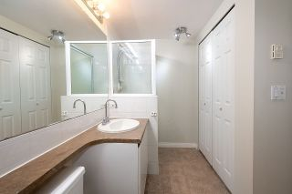 """Photo 11: 12 1386 W 6TH Avenue in Vancouver: Fairview VW Condo for sale in """"NOTTINGHAM"""" (Vancouver West)  : MLS®# R2423397"""