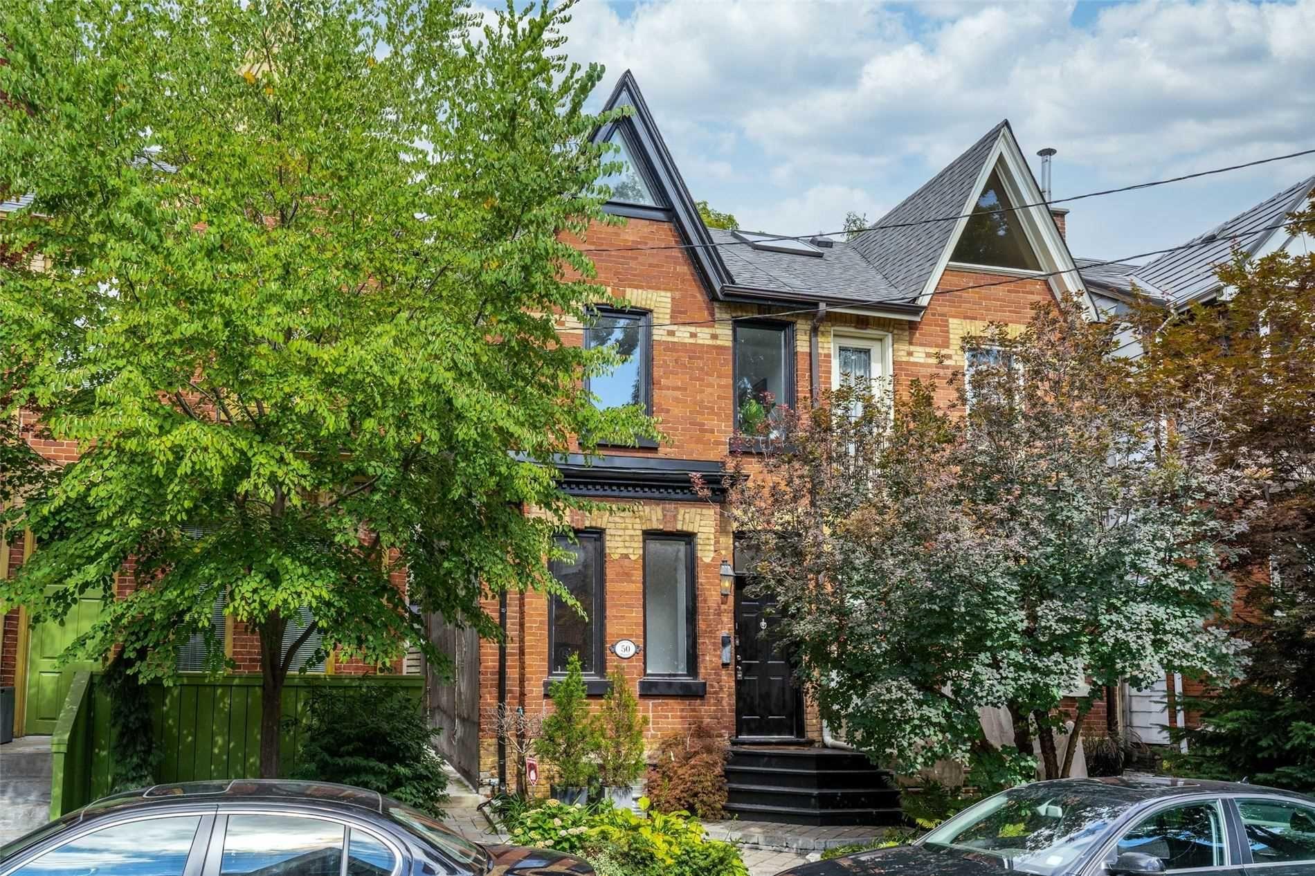 Main Photo: 50 Salisbury Avenue in Toronto: Cabbagetown-South St. James Town House (2 1/2 Storey) for sale (Toronto C08)  : MLS®# C5384304