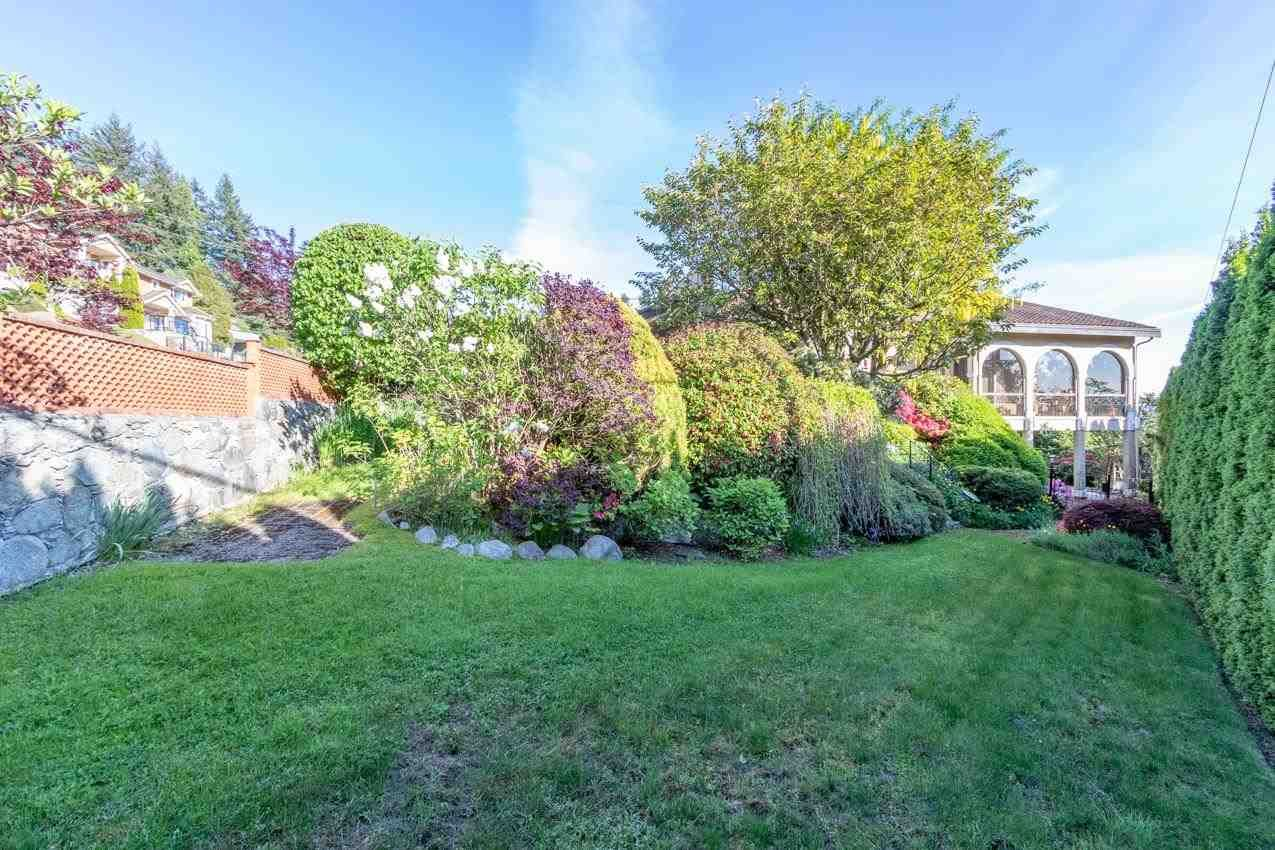 Photo 34: Photos: 385 MONTERAY Avenue in North Vancouver: Upper Delbrook House for sale : MLS®# R2582994