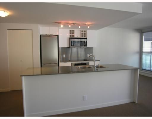 """Photo 5: Photos: 511 788 HAMILTON Street in Vancouver: Downtown VW Condo for sale in """"TV TOWER 1"""" (Vancouver West)  : MLS®# V785901"""